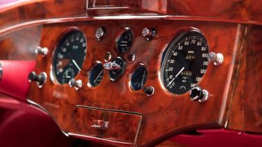 1952-Jaguar-XK-120-Studio-028