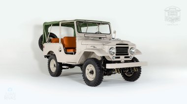 1960-Toyota-Land-Cruiser-FJ25-Army-Green-FJ25-21206-Studio_001