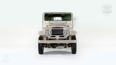 1960-Toyota-Land-Cruiser-FJ25-Army-Green-FJ25-21206-Studio_010