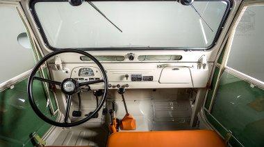 1960-Toyota-Land-Cruiser-FJ25-Army-Green-FJ25-21206-Studio_036