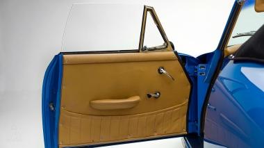 1964-Porsche-356-Cabriolet-Sky-Blue-Studio_035