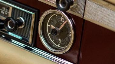 1965-Mercedez-Benz-230-SL-Maroon-113042-10-0101396-Studio_027
