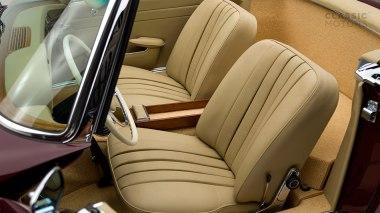 1965-Mercedez-Benz-230-SL-Maroon-113042-10-0101396-Studio_029