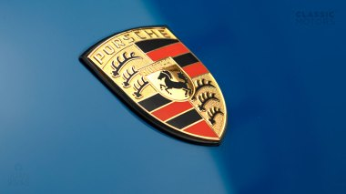 1965-Porsche-911-Golf-Blue-302431-Studio-009