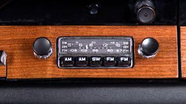 1965-Porsche-911-Polo-Red-302474-Studio_032