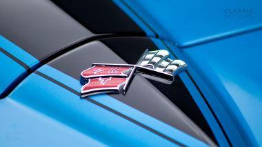 1967-Chevrolet-Corvette-StingRay-SkyBlue--194677S109007-Studio_010