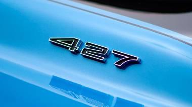 1967-Chevrolet-Corvette-StingRay-SkyBlue--194677S109007-Studio_011