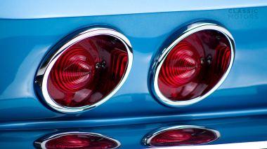 1967-Chevrolet-Corvette-StingRay-SkyBlue--194677S109007-Studio_017