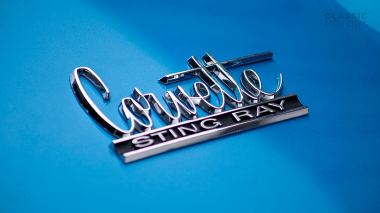 1967-Chevrolet-Corvette-StingRay-SkyBlue--194677S109007-Studio_020