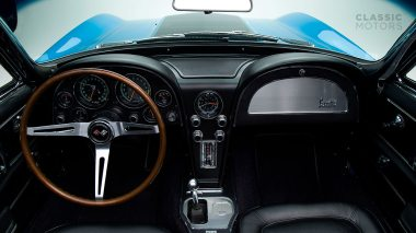 1967-Chevrolet-Corvette-StingRay-SkyBlue--194677S109007-Studio_021