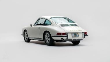 1967-Porsche-911-S-Ivory-White-308397S-Studio_004