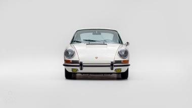 1967-Porsche-911-S-Ivory-White-308397S-Studio_006