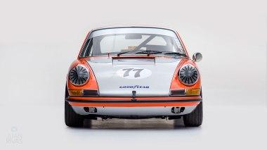 1968-Porsche-911S-Race-Car-Tangerine---Silver-Studio_006