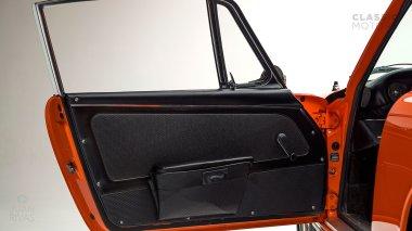 1968-Porsche-911S-Tangerine-11801124-Studio_020