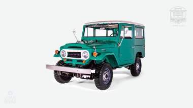 1968-Toyota-Land-Cruiser-FJ40-Deep-Green-FJ40-63668-Studio_009