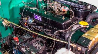 1968-Toyota-Land-Cruiser-FJ40-Deep-Green-FJ40-63668-Studio_014