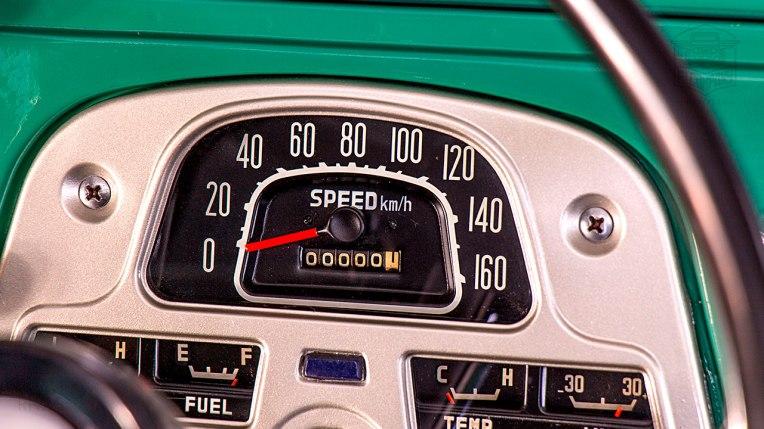 1968-Toyota-Land-Cruiser-FJ40-Deep-Green-FJ40-63668-Studio_024
