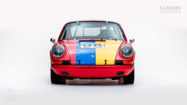 1969-Porsche-911-Race-Car-Polo-Red-119301377-Studio_006
