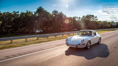 1969-Porsche-911T-White-119120823-Outdoors-004