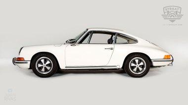 1969-Porsche-911T-White-119120823-Studio-006