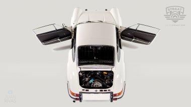 1969-Porsche-911T-White-119120823-Studio-010
