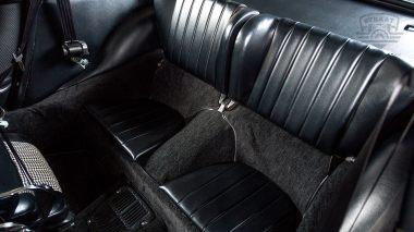 1969-Porsche-911T-White-119120823-Studio-022