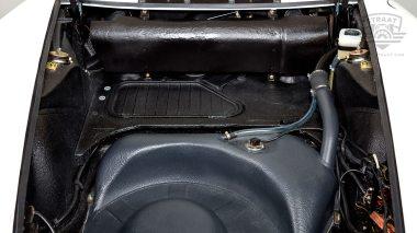 1969-Porsche-911T-White-119120823-Studio-026