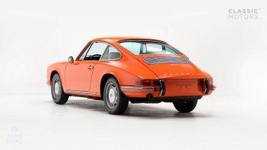 1970-Porsche-911T-Tangerine-9110101579-Pre-Studio-005