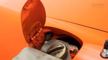 1970-Porsche-911T-Tangerine-9110101579-Pre-Studio-016
