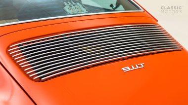 1970-Porsche-911T-Tangerine-9110101579-Pre-Studio-023