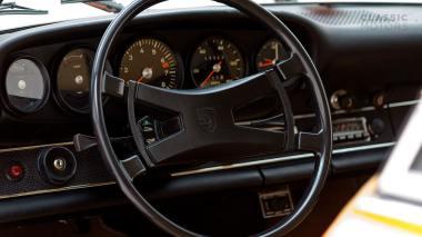1970-Porsche-911T-Tangerine-9110101579-Pre-Studio-030