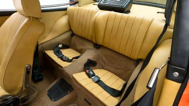 1970-Porsche-911T-Tangerine-9110101579-Pre-Studio-039