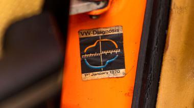 1970-Porsche-911T-Tangerine-9110101579-Pre-Studio-041