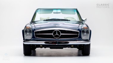 1968-Mercedes-Benz-280-SL-Pagoda-Blue-113044-10-002012-Studio_001