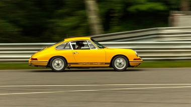 1968-Porsche-911-Race-Car-Yellow-11835003-LimeRock-124