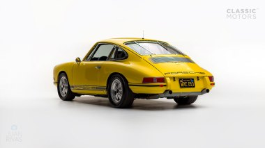 1968-Porsche-911-Race-Car-Yellow-11835003-Studio_006