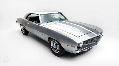 1969-Chevrolet-Camaro-Z28-Silver-124379N637338-Studio-010