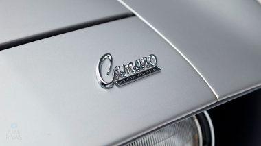 1969-Chevrolet-Camaro-Z28-Silver-124379N637338-Studio-015