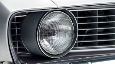 1969-Chevrolet-Camaro-Z28-Silver-124379N637338-Studio-016