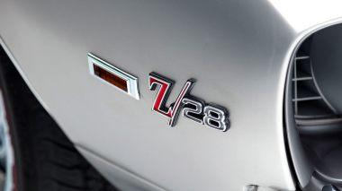 1969-Chevrolet-Camaro-Z28-Silver-124379N637338-Studio-017