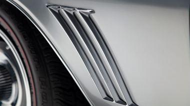 1969-Chevrolet-Camaro-Z28-Silver-124379N637338-Studio-023