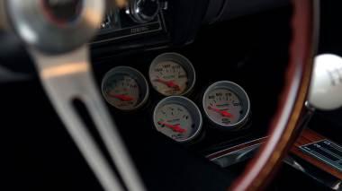 1969-Chevrolet-Camaro-Z28-Silver-124379N637338-Studio-039