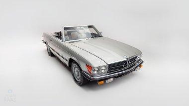 1971-Mercedez-Benz-350-SL-Studio-009