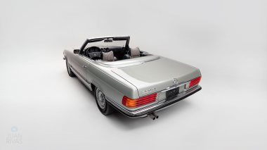 1971-Mercedez-Benz-350-SL-Studio-010