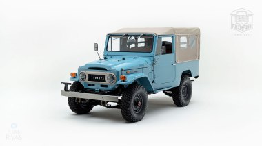 The-FJ-Company-1970-FJ43-Land-Cruiser-Capri-Blue-20365-Studio_007
