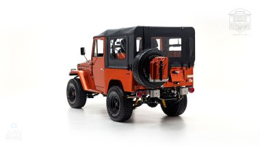 The-FJ-Company-1972-FJ44-Land-Cruiser---Metallic-Orange-126414----Studio_005