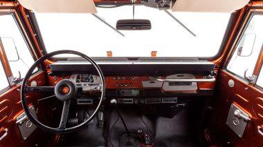 The-FJ-Company-1972-FJ44-Land-Cruiser---Metallic-Orange-126414----Studio_033