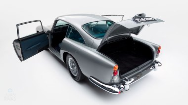 1964-Aston-Martin-DB5-Grey-DB51837R-Studio-010