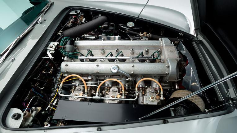 1964-Aston-Martin-DB5-Grey-DB51837R-Studio-042
