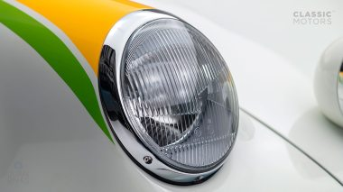 1967-Porsche-911-Bahama-Yellow-908038-Studio-010